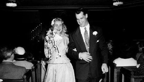 Colleen Howe NHL Gordie Howe's wife