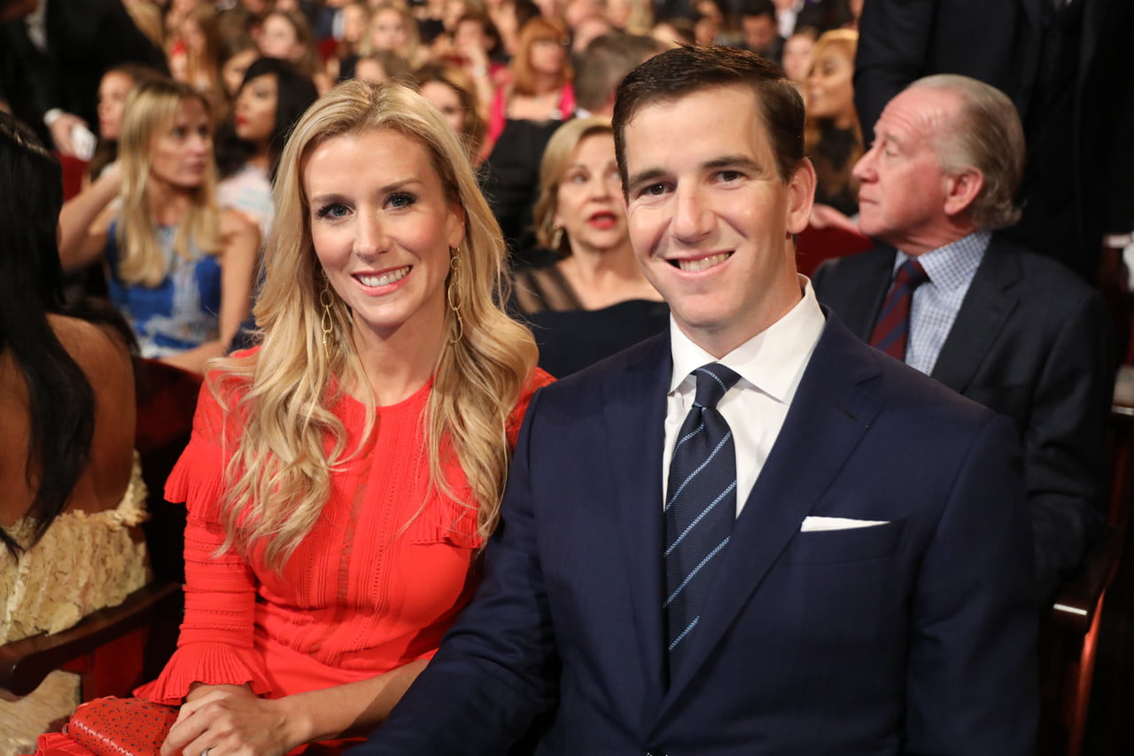 Eli Manning Wife, Kids, Family, Height, Weight, Net Worth
