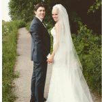 t_j_oshie_wife_lauren_cosgrove_oshie_wedding_photo