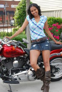 Shivolli Dasilva Nba Derrick Favors Girlfriend Bio Wiki