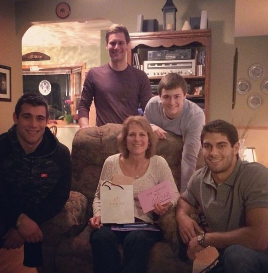Jimmy Garoppolo Brothers >> Denise Garoppolo NFL Jimmy Garoppolo's Mother (Bio, Wiki)