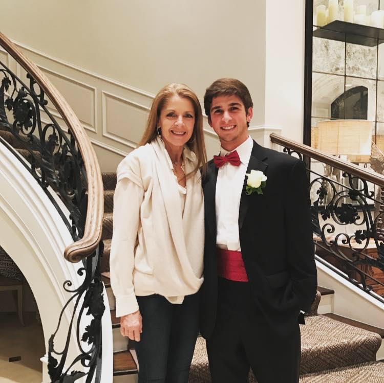 River Oaks Texas >> Tilman Fertitta's Wife Paige Fertitta (Bio, Wiki, Photos)