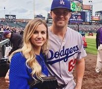 Kyle Farmer's Girlfriend Courtney Sayre