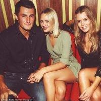 Bernard Tomics Ex-Girlfriend Emma Blake-Hahnel (Bio, Wiki)